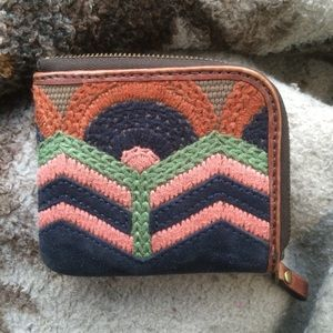 Fossil | Vintage Embroidered Zip Around Wallet